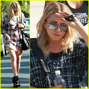 Mary-Kate Olsen is Pretty in Plaid