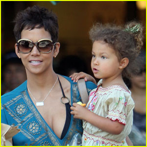 Nahla Aubry: First Pictures of Halle Berry's Daughter!