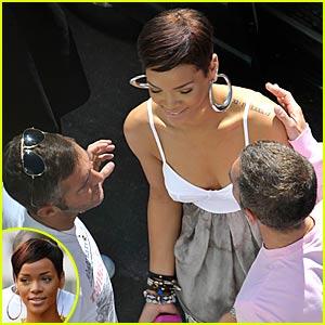 Rihanna Gets a DSquared Sandwich