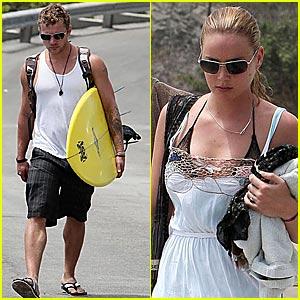 Ryan & Abbie are Surfboard Sweethearts