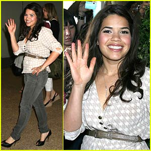 America Ferrera's Pants Travel To TRL