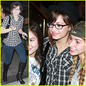 Demi Lovato's NY Fan Frenzy