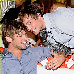 Chace Crawford & Ed Westwick Butt Heads