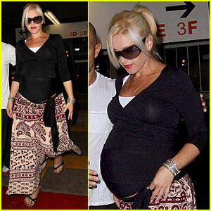 Gwen Stefani: Pregnant And So Ready To Pop