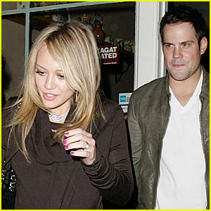 Hilary Duff Chows Down on Sole Food