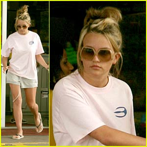 Jamie Lynn Spears is Lady Gas Gas