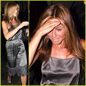 Jennifer Aniston Heats Up Hollywood
