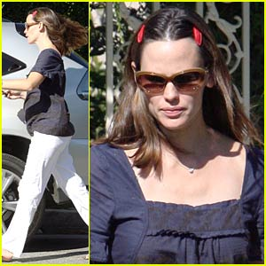 Jennifer Garner's Brentwood Barrettes