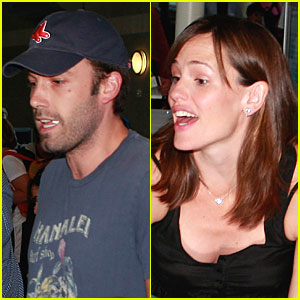 Jennifer Garner Has a Security Smile