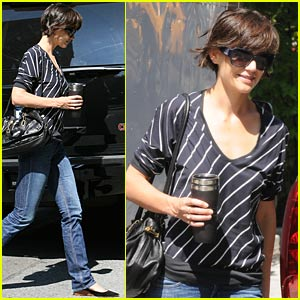 Katie Holmes Gives An