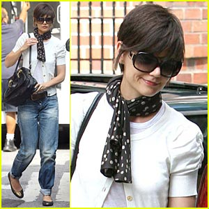 Katie Holmes' Rolled-Up Jeans -- YAY or NAY?