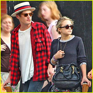 Mary-Kate Olsen & Nate Lowman Step Out