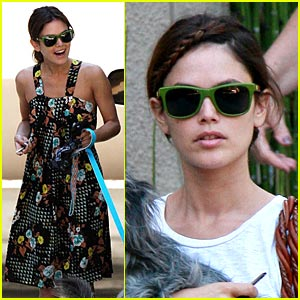 Rachel Bilson Drops Into Home Depot