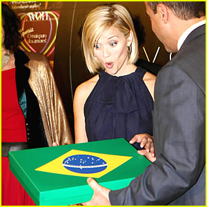 Reese Witherspoon is Brazilian Breathless