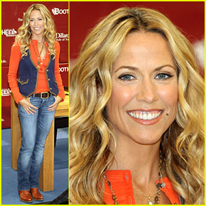 Sheryl Crow Breaks In Bootheel