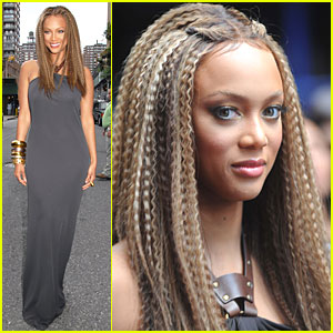 Tyra Banks Crimps Out