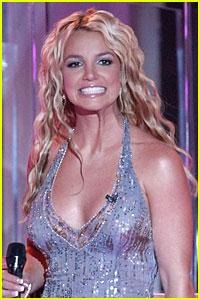 Britney Spears' Womanizer Lyrics