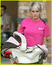 Jamie-Lynn Spears Breastfeeding Baby Pictures?