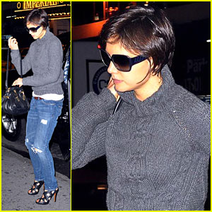 Katie Holmes is Busy on Broadway
