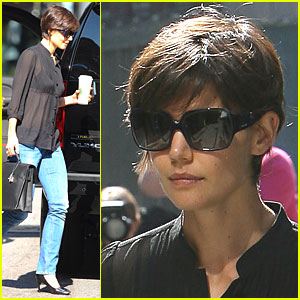 Katie Holmes: Jeans Watch Continues!