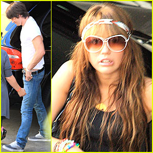 Miley & Justin Get Pussycat Perky