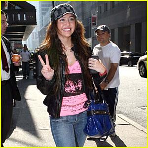 Miley Cyrus: Make Peace, Not War!