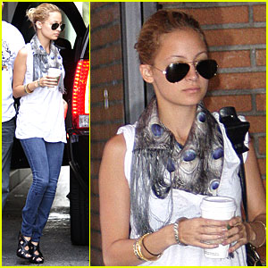 Nicole Richie's Back To School