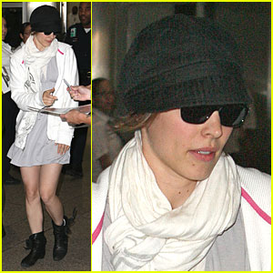 Rachel McAdams Goes Undercover