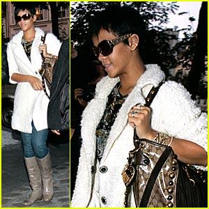 Rihanna Hailed Best Dressed of 2008