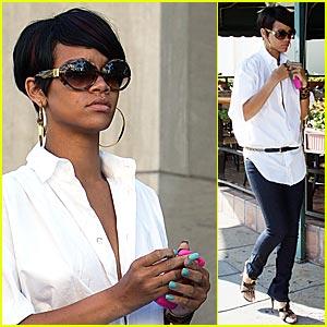 Rihanna Looks Gucci Good