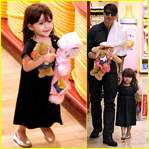 Suri Cruise Builds A Bear