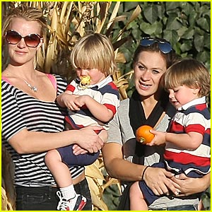 Britney Spears and the Pumpkin Patch Kids