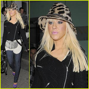 Christina Aguilera is Leopard Lovely