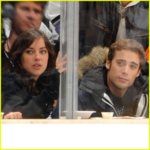 Dustin Milligan & Jessica Stroup's Hockey Love
