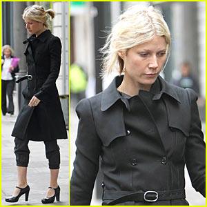 Gwyneth Paltrow Wears Easy and Chic