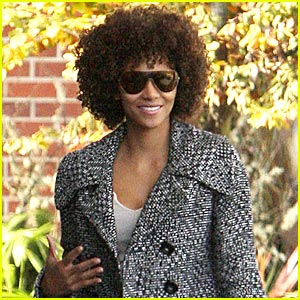 Halle Berry is Afro-licious