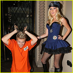 Heidi u003d Police Officer Spencer u003d Prisoner  sc 1 st  Just Jared & Heidi u003d Police Officer Spencer u003d Prisoner | Heidi Montag Spencer ...