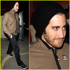 Jake Gyllenhaal is a Back Door Dude