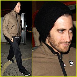 Jake Gyllenhaal is a Back Door Dude