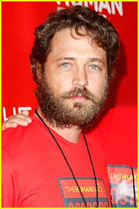 Jason Priestley To Direct 90210