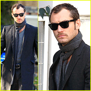 Jude Law is My Dear Watson