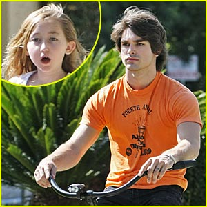 Justin Gaston & Noah Cyrus: Bike Buddies!