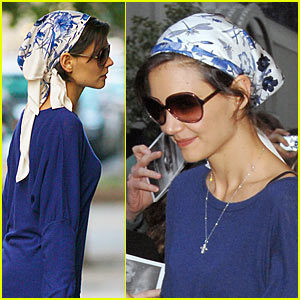 Katie Holmes is Headscarf Happy