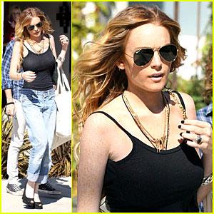 Lindsay Lohan Makes It Melrose