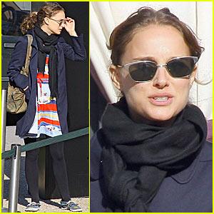 Natalie Portman Loves Pablo Picasso