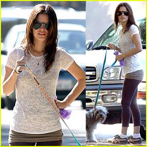 Rachel Bilson Looks Leggings Lovely