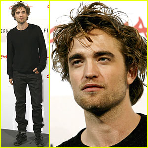 Robert Pattinson is Red Hot in Rome