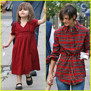 Suri Cruise: My Red Dress Rules!