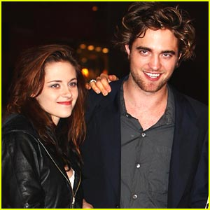 Kristen Stewart Haunts the Twilight Premiere