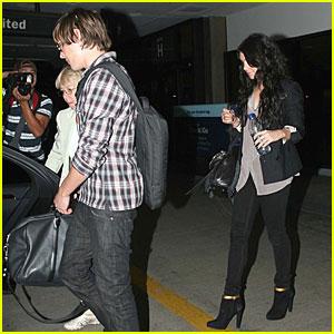 Zac Efron and Vanessa Hudgens Head Home